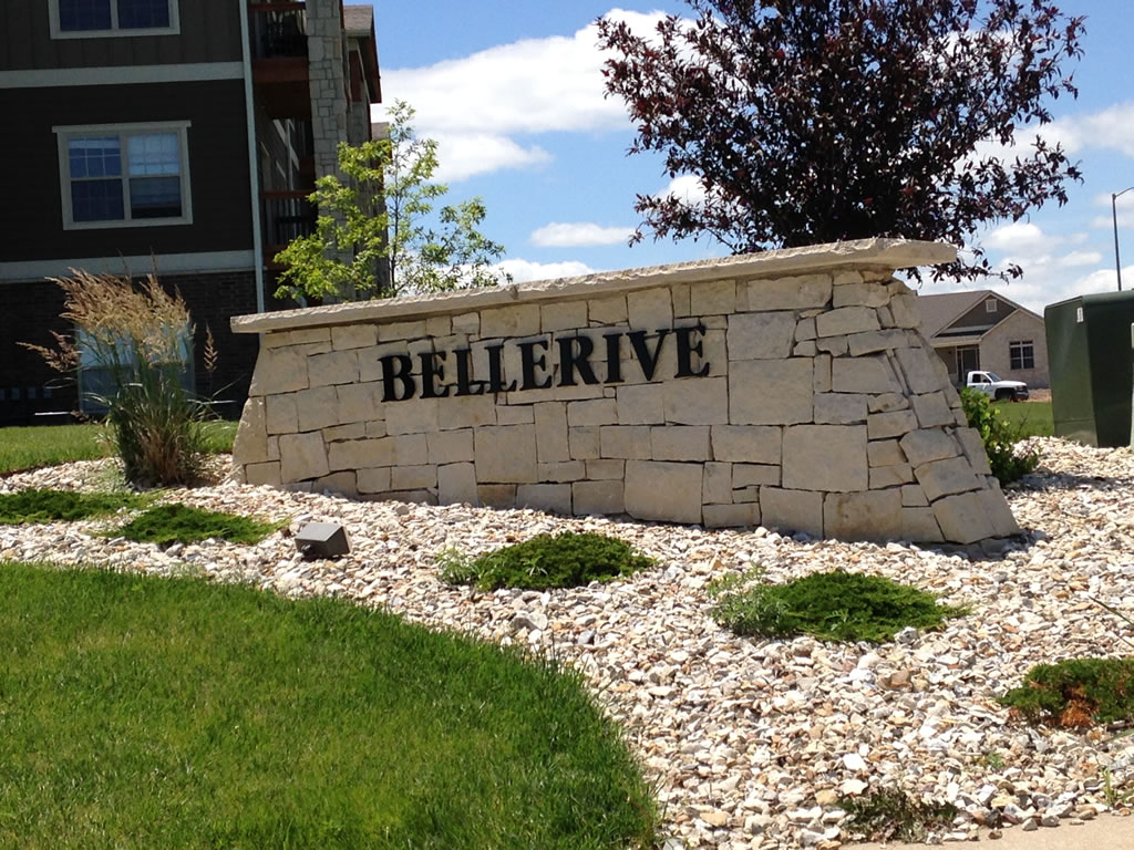... Bellerive Apartments   Manhattan KS