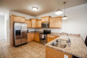 Grand Champions - Furnished townhome kitchen